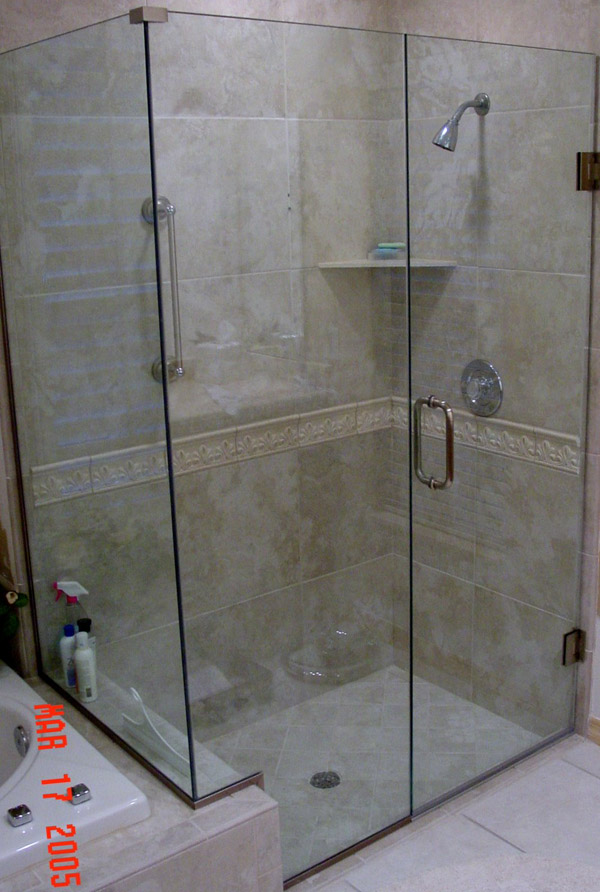 Traditional Showers Cape Coral, Florida