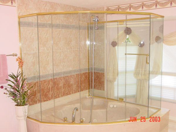 Curved Shower Doors Ft Myers Beach, Florida